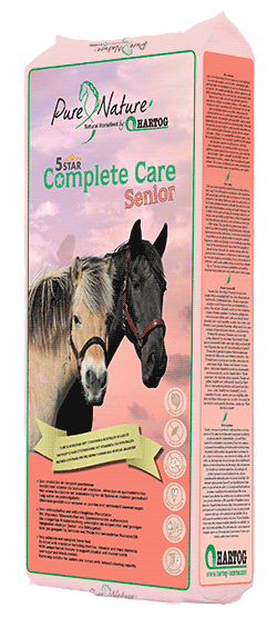 5 unique properties of the 5* Complete Care Senior roughage mix for old horses!